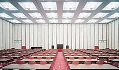 神商ホール(3階)